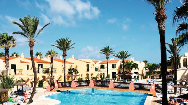 Globales apartamentos binimar all inclusive first choice - Apartamentos california menorca ...