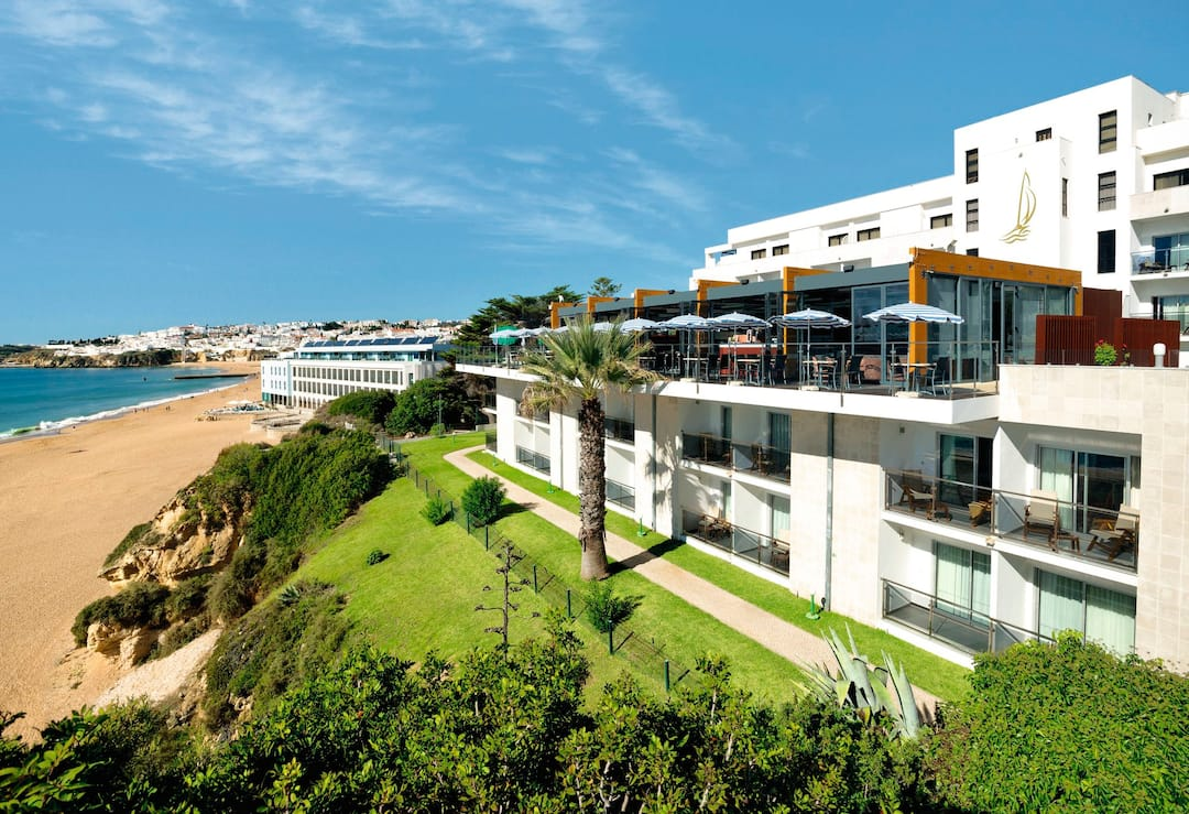 Holiday to Alisios Hotel in ALBUFEIRA (PORTUGAL) for 7 nights (BB) departing from east midlands on 07 May