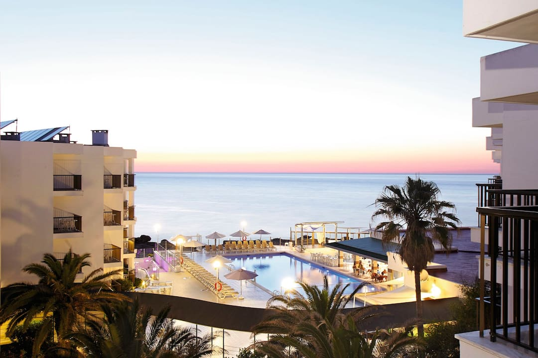 Holiday to Nereida Aparthotel in SAN ANTONIO BAY (SPAIN) for 3 nights (HB) departing from glasgow on 22 May