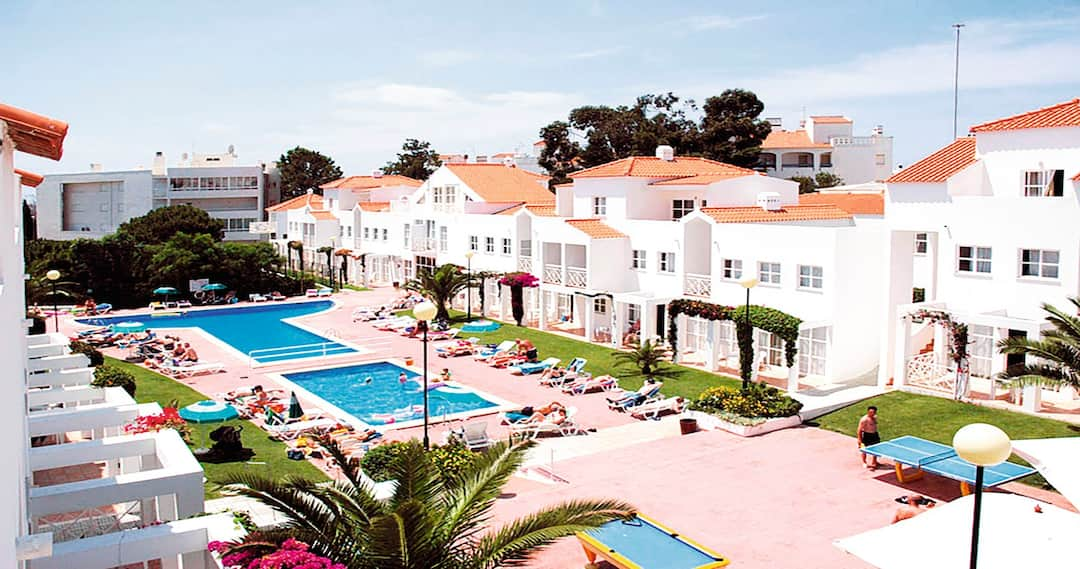 Holiday to Ouratlantico Apartments in PRAIA DOURA (PORTUGAL) for 4 nights (SC) departing from stansted on 20 Oct