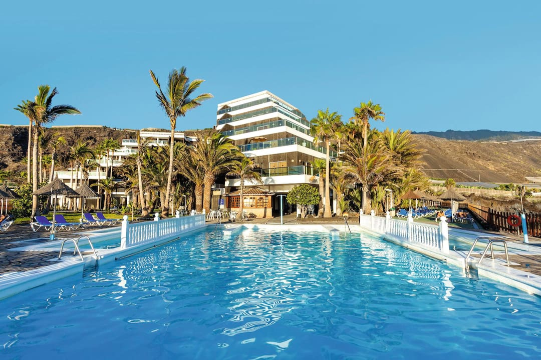 Holiday to Sol La Palma in PUERTO NAOS (SPAIN) for 7 nights (BB) departing from gatwick on 13 Jun