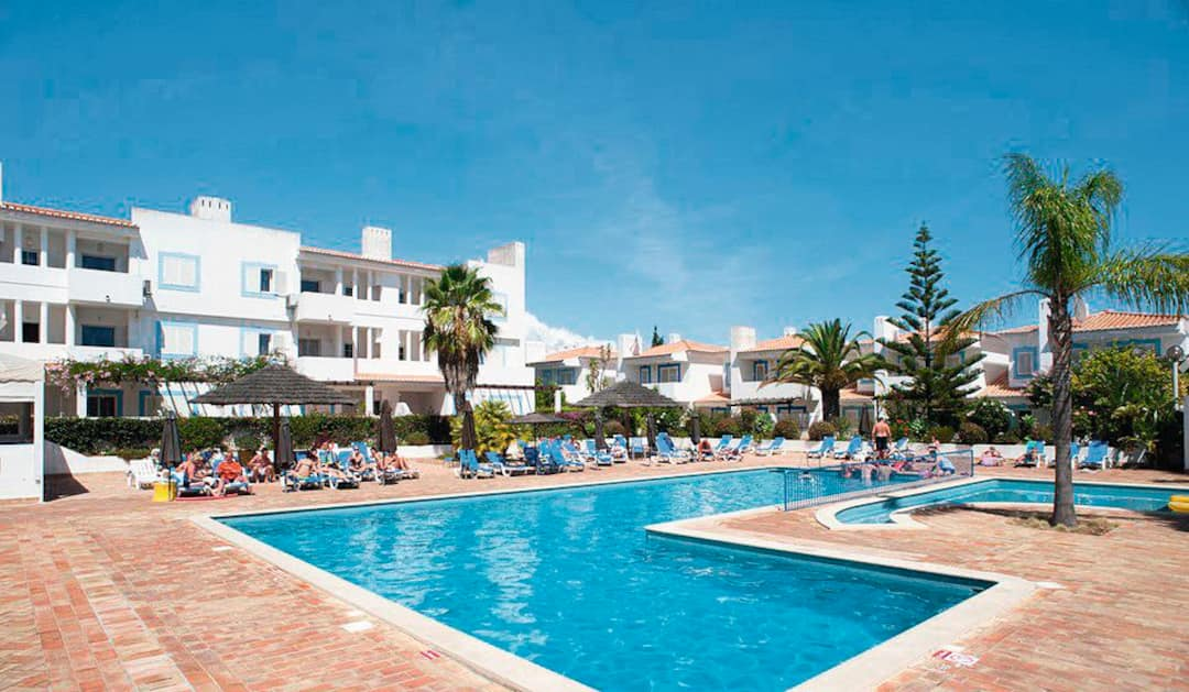 Holiday to Vilabranca Apartments in LAGOS (PORTUGAL) for 3 nights (SC) departing from east midlands on 07 May