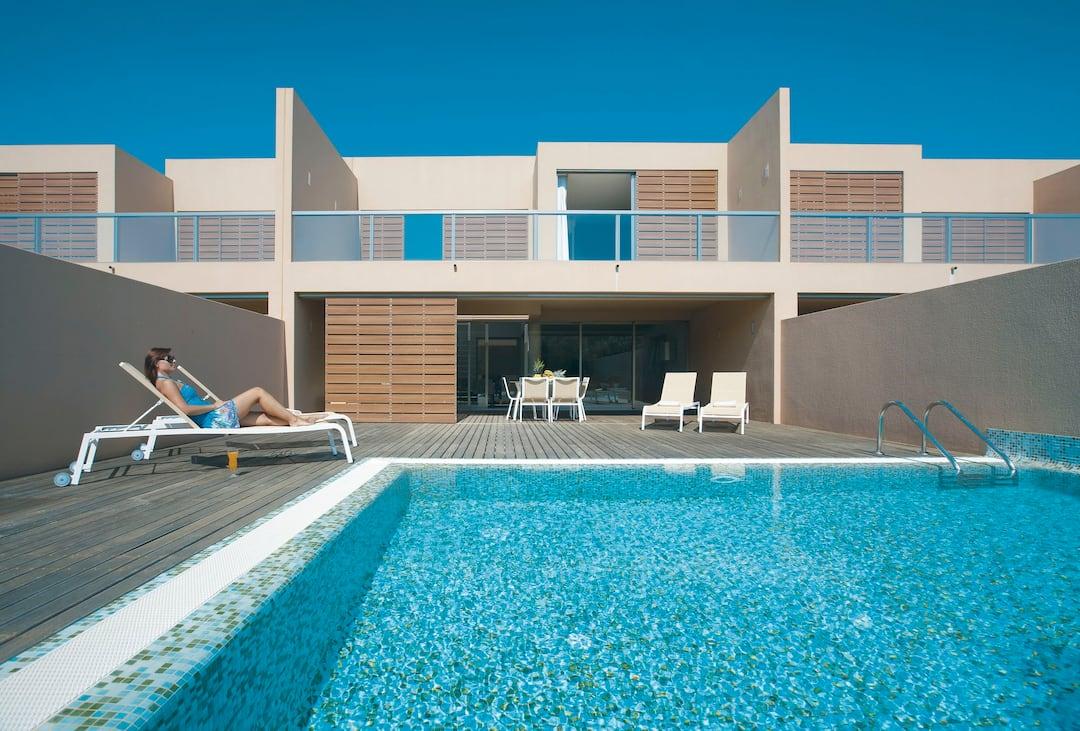 Holiday to Vidamar Resort Villas Algarve in SALGADOS (PORTUGAL) for 7 nights (SC) departing from manchester on 10 May