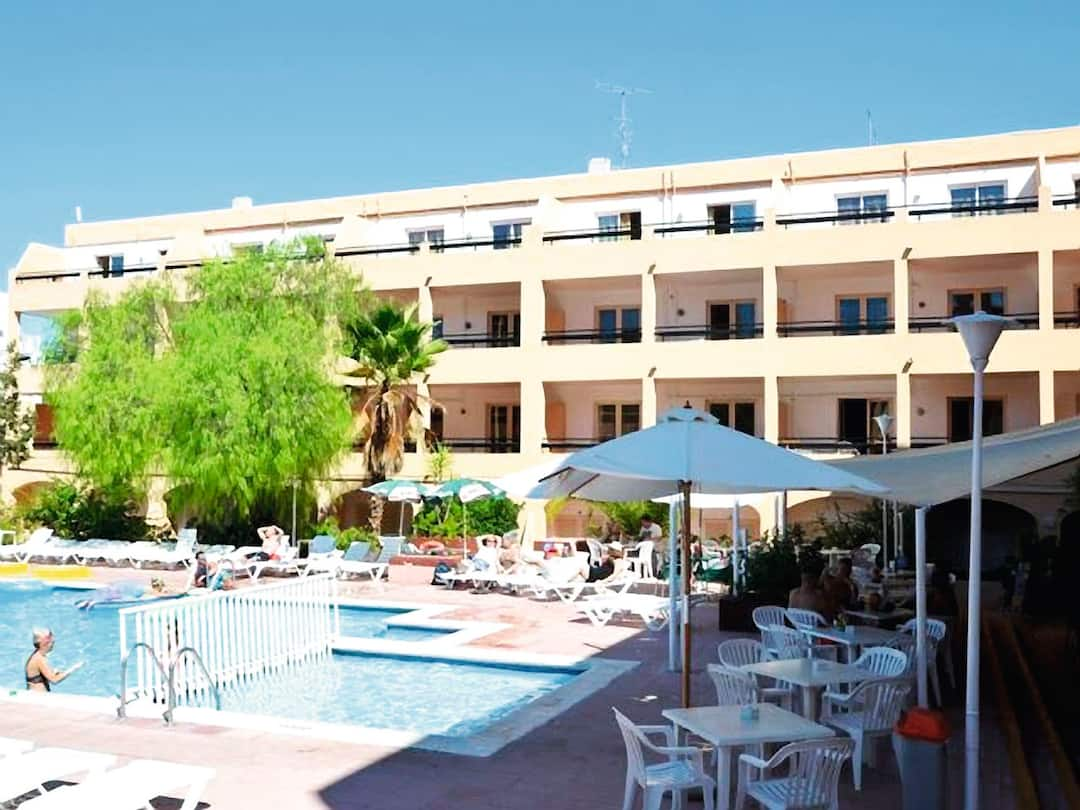 Holiday to Sunshine Apartments in SAN ANTONIO (SPAIN) for 3 nights (SC) departing from bristol on 03 Jun