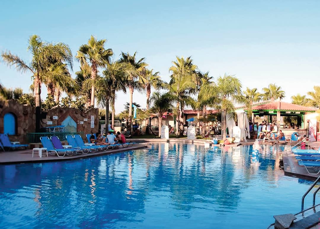 Holiday to Oasis Apts in MALIA (GREECE) for 5 nights (SC) departing from gatwick on 02 Jun