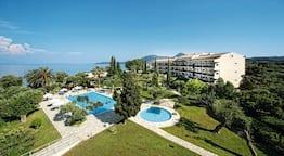 Delfinia Hotel
