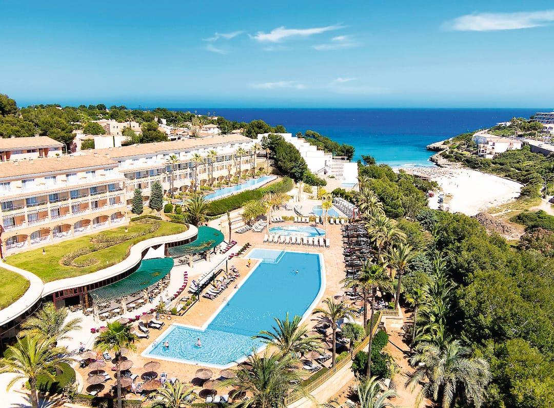 Insotel Cala Mandia Resort And Spa