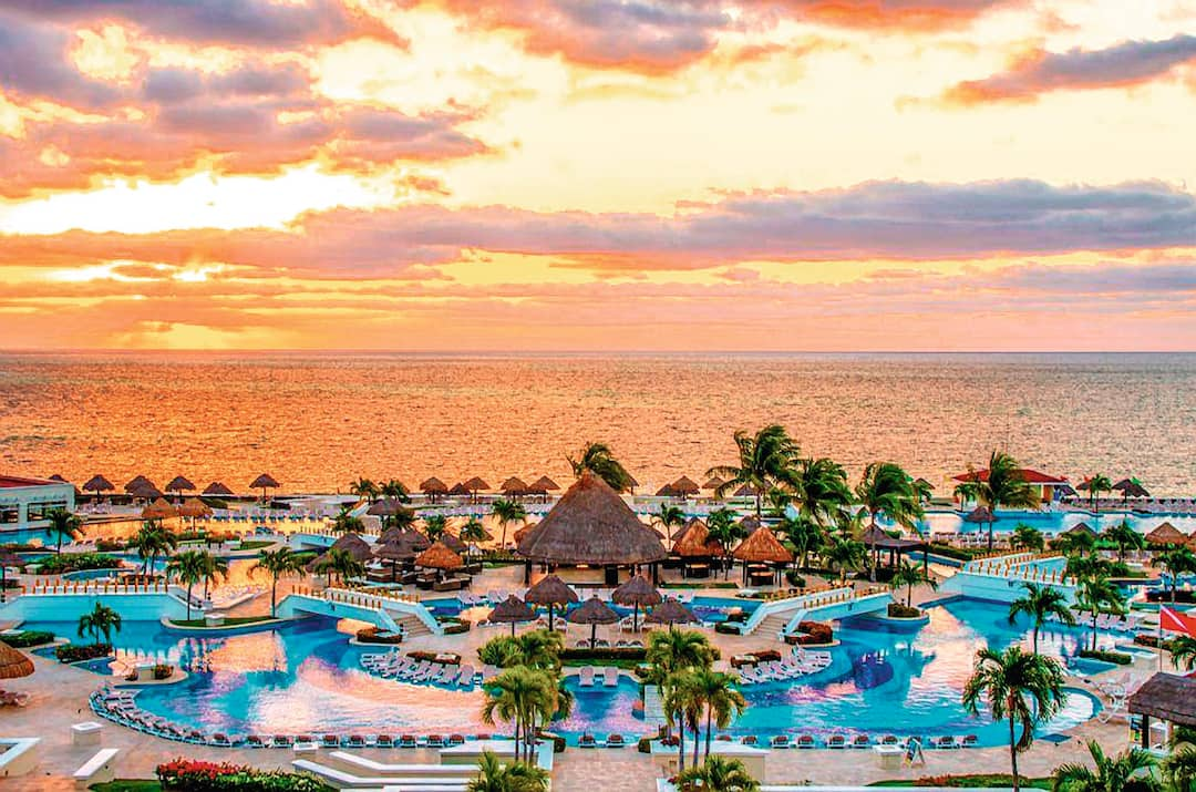 Holiday to Moon Palace Cancun in CANCUN (MEXICO) for 7 nights (AI) departing from gatwick on 19 Sep