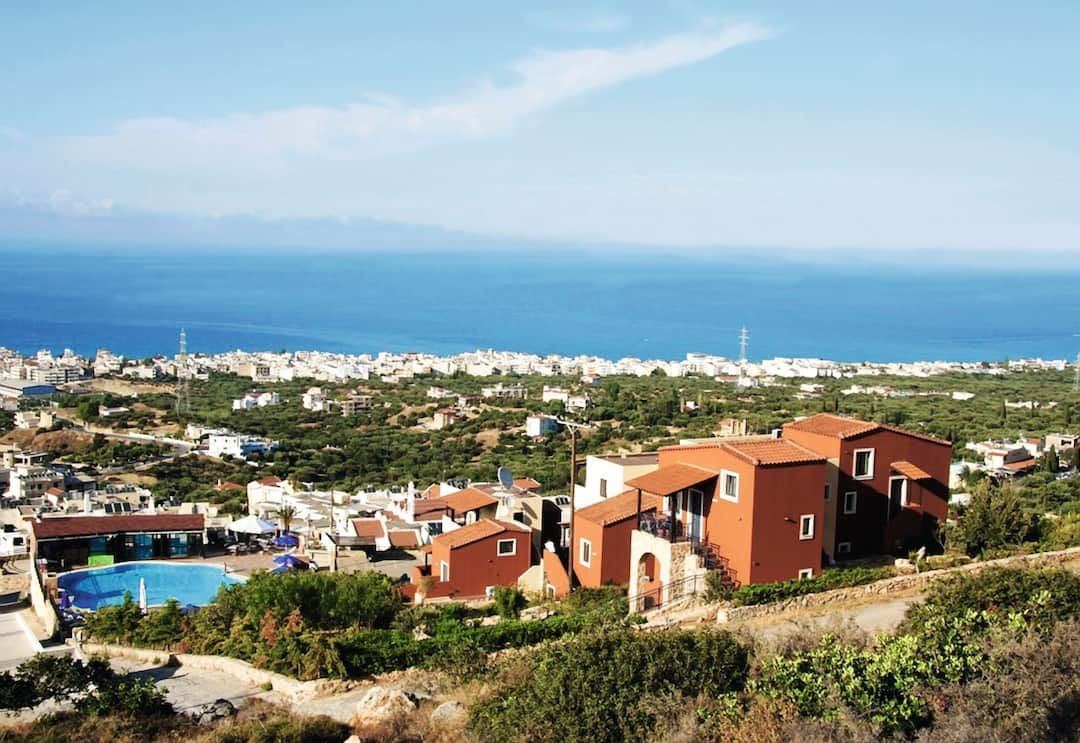 Holiday to Driades Apartments in HERSONISSOS (GREECE) for 4 nights (SC) departing from east midlands on 29 Sep
