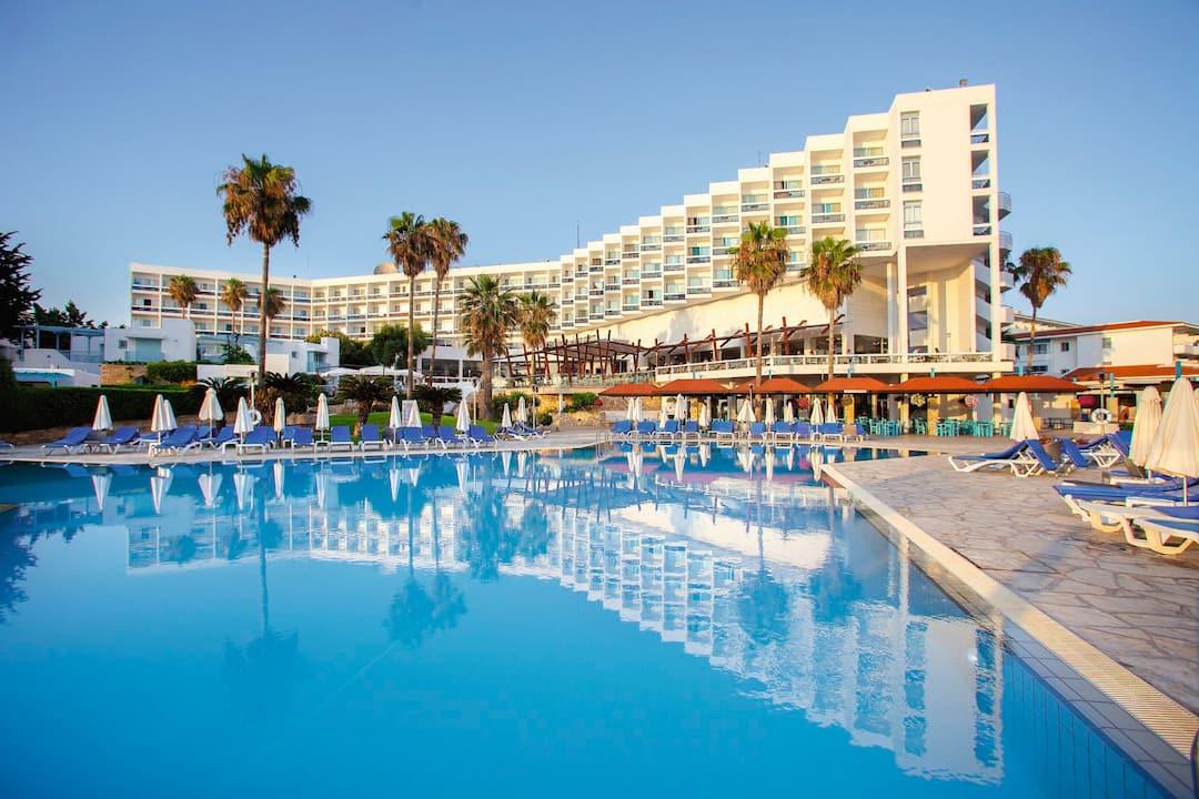 Cyprus4less Leonardo Plaza Cypria Maris Beach Hotel And Spa