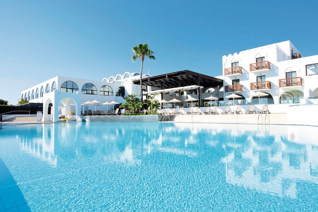 Holiday to Sensimar Oceanis in PSALIDI (GREECE) for 3 nights (AI) departing from newcastle on 29 Sep