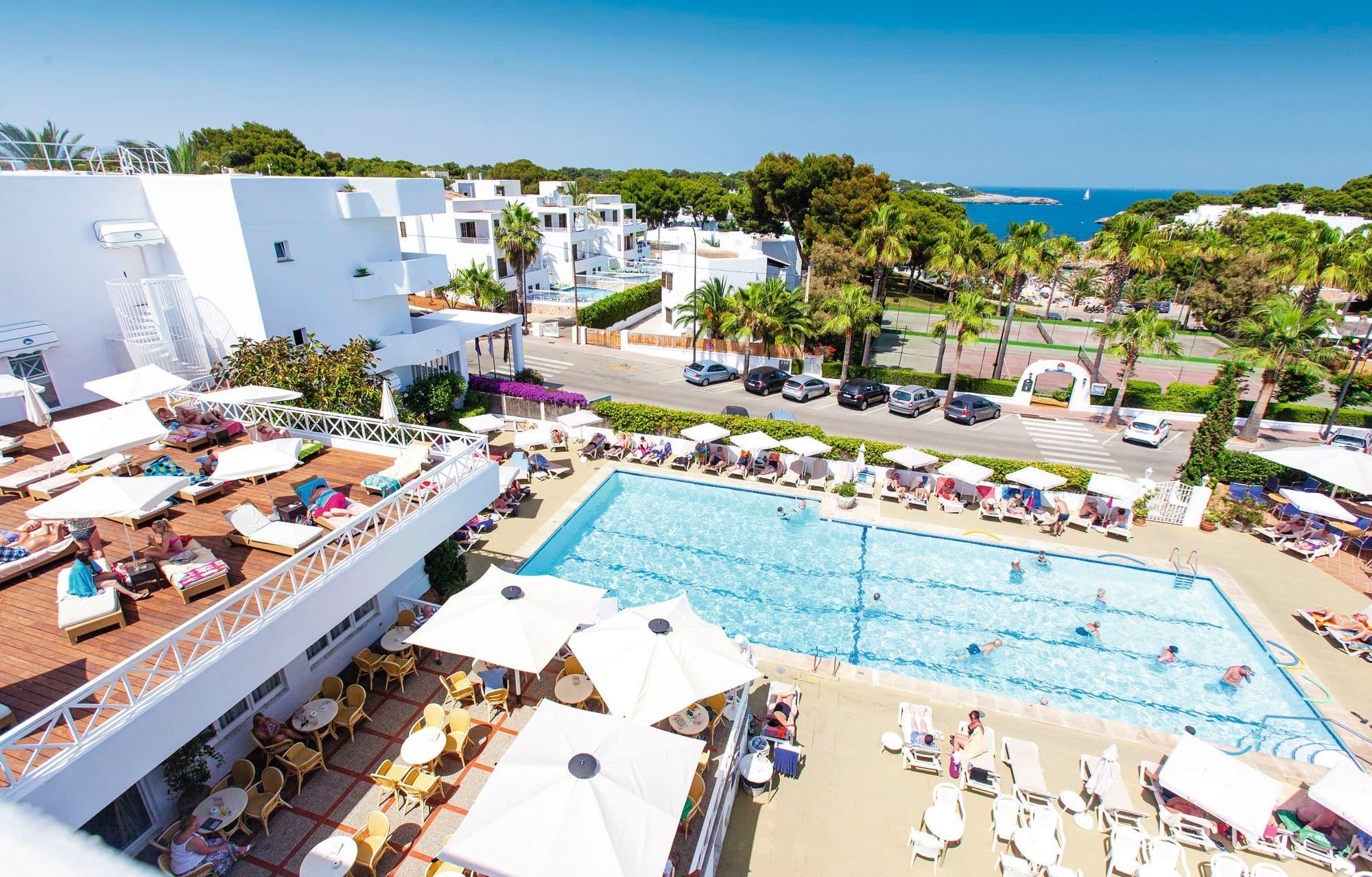 Rocamarina Hotel