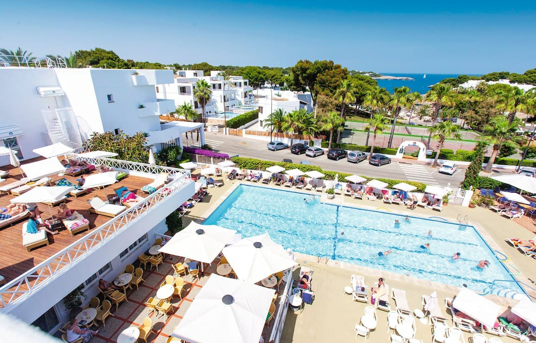 Holiday to Rocamarina Hotel in CALA DOR (SPAIN) for 3 nights (HB) departing from gatwick on 05 May
