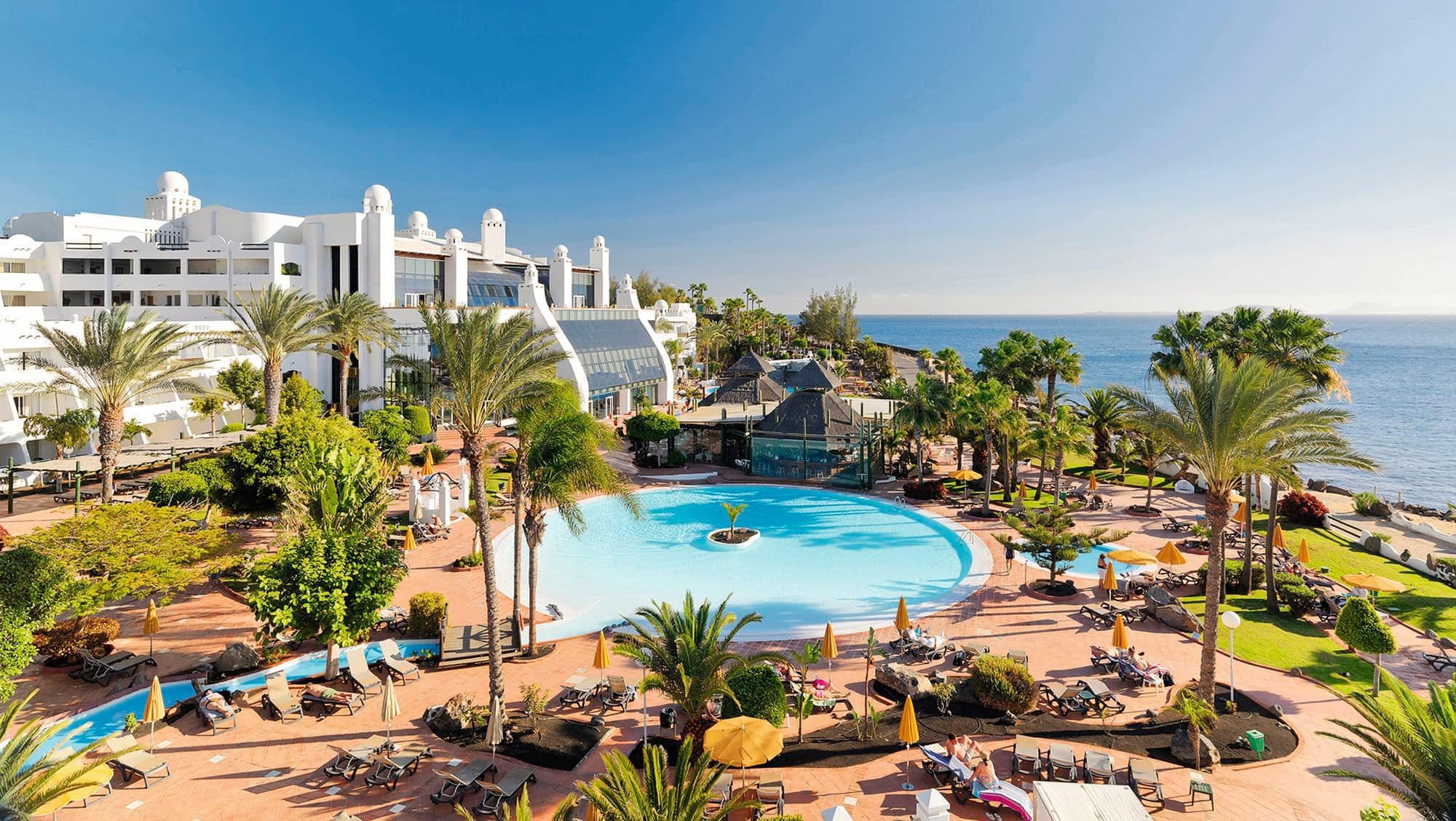 H10 timanfaya palace hotel cheap holidays to h10 for Design hotel lanzarote