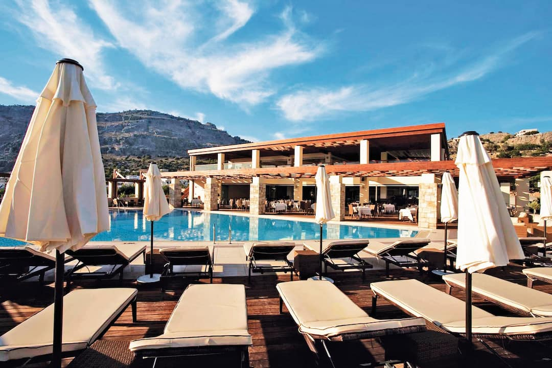 Holiday to Island Blue Hotel in PEFKOS (GREECE) for 4 nights (BB) departing from stansted on 28 Sep