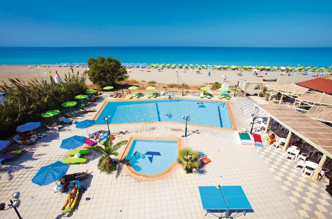 Holiday to Golden Beach Hotel in RETHYMNON (GREECE) for 4 nights (HB) departing from bristol on 13 Oct