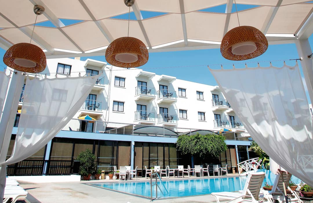 Holiday to Anemi Hotel Apartments in PAPHOS (CYPRUS) for 3 nights (SC) departing from birmingham on 28 Apr