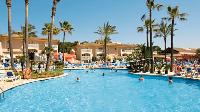 Aparthotel playa mar in puerto pollensa thomson now tui for Appart hotel saran