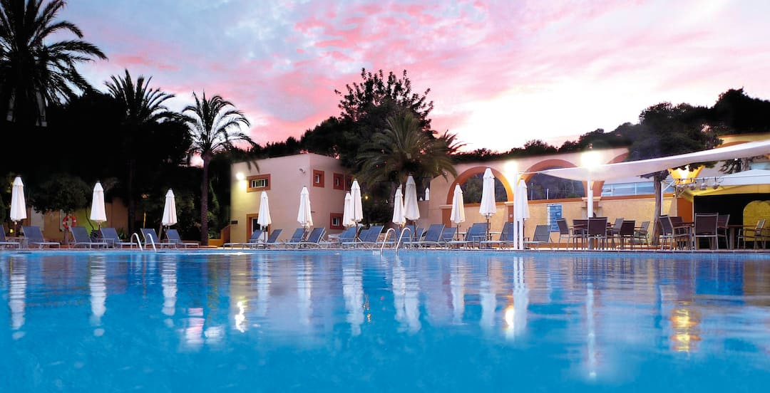 Holiday to Atlantic in ES CANA (SPAIN) for 3 nights (SC) departing from stansted on 05 Jun