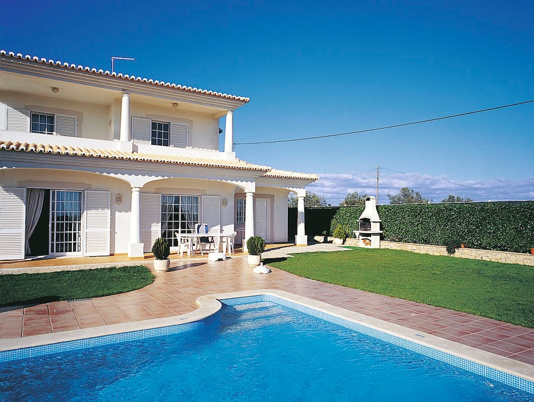 Holiday to Casa Alves Villa in BRANQUEIRA (PORTUGAL) for 7 nights (SC) departing from east midlands on 06 Oct