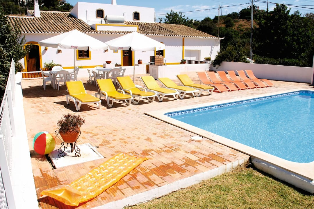 Holiday to Monte Domingos Simoes Villa in ALBUFEIRA (PORTUGAL) for 7 nights (SC) departing from birmingham on 05 May