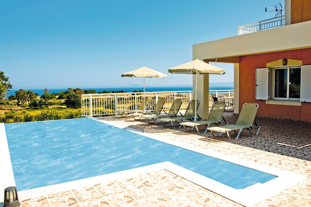 Holiday to Mounta Villas in SKALA (GREECE) for 7 nights (SC) departing from stansted on 03 Oct