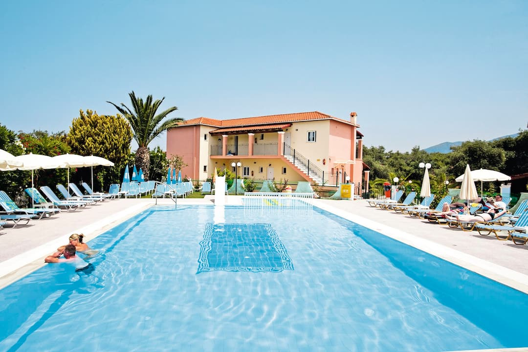 Holiday to Roda Oasis in RODA (GREECE) for 3 nights (BB) departing from gatwick on 17 May