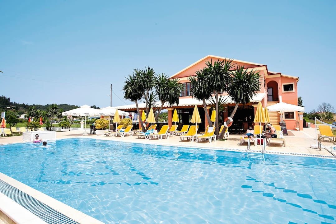 Holiday to Yiannis Village in SIDARI (GREECE) for 4 nights (SC) departing from gatwick on 09 Sep