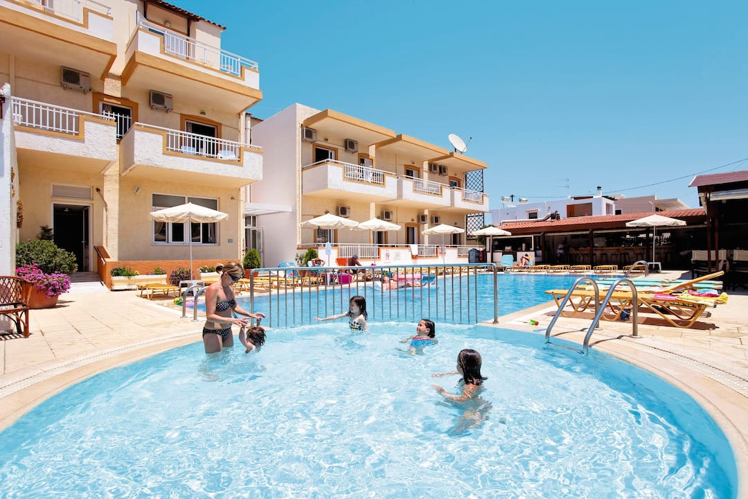 Holiday to Christina Hotel in RETHYMNON (GREECE) for 3 nights (BB) departing from gatwick on 02 Jul