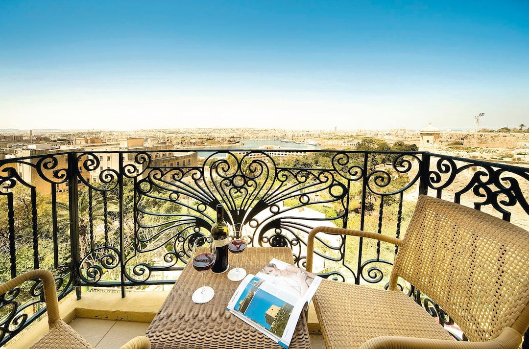 Holiday to Phoenicia Hotel in VALLETTA (MALTA) for 7 nights (BB) departing from manchester on 26 Nov
