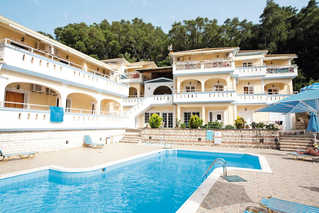 Holiday to Mara Studios & Apartments in PARGA (GREECE) for 7 nights (SC) departing from gatwick on 06 Oct
