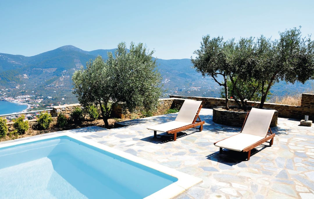 Holiday to Erato Villa in SKOPELOS - SKOPELOS TOWN (GREECE) for 7 nights (SC) departing from east midlands on 01 May