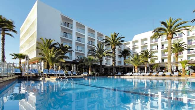 Palmyra Beach Hotel Reviews
