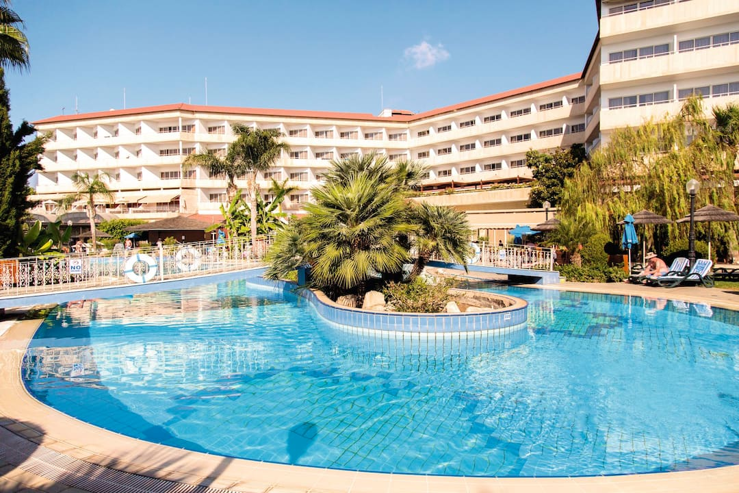 Holiday to Sensimar Bay Hotel By Atlantica in AMATHUS BAY (CYPRUS) for 7 nights (AI) departing from gatwick on 22 Feb