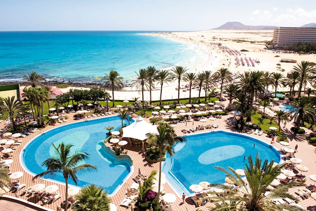 Holiday to Hotel Riu Palace Tres Islas in CORRALEJO (SPAIN) for 3 nights (HB) departing from gatwick on 09 Jan