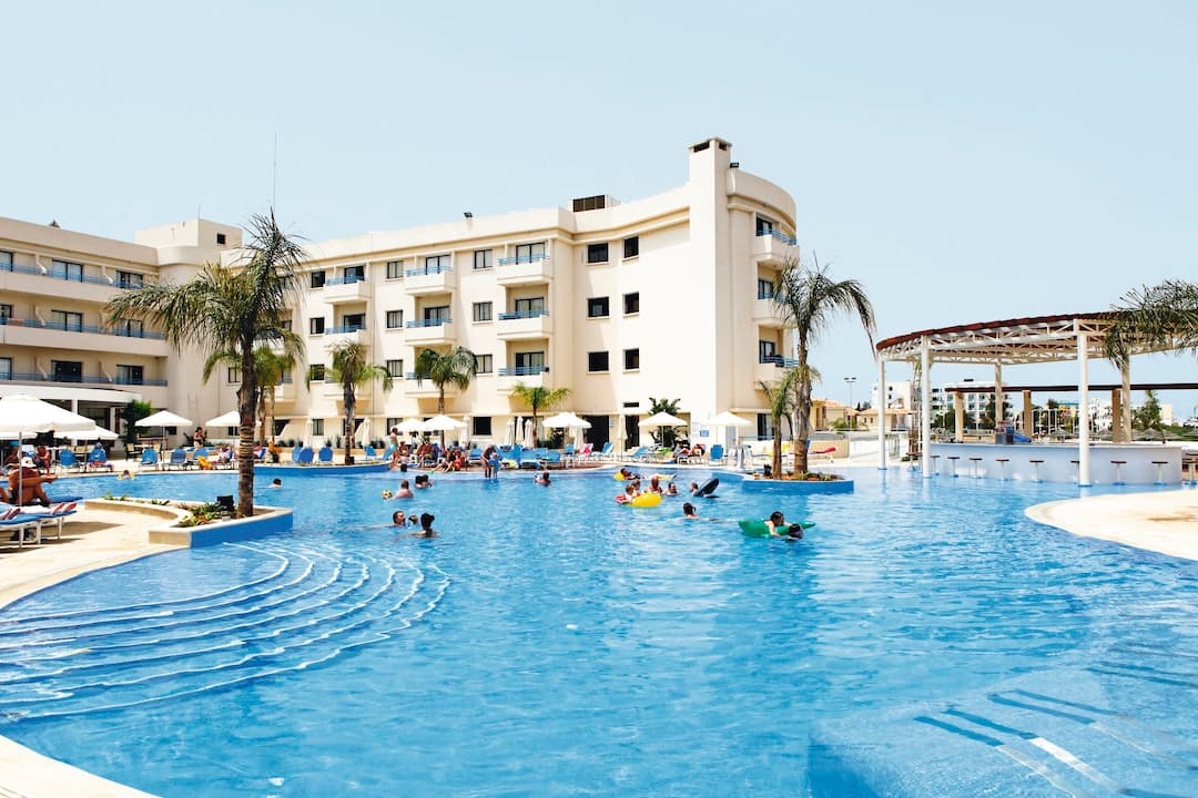 Holiday to Sunrise Oasis in PROTARAS (CYPRUS) for 3 nights (BB) departing from gatwick on 04 Jun