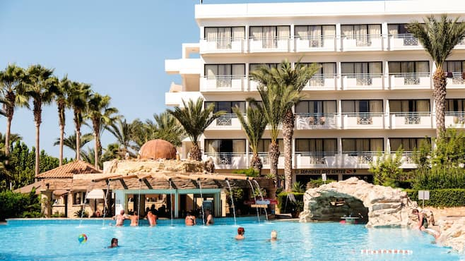 Paphos Hotels St George