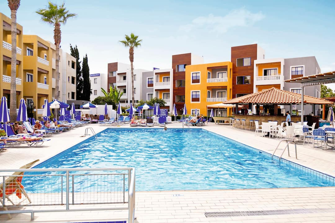 Holiday to Damon Hotel Apartments in PAPHOS (CYPRUS) for 3 nights (AI) departing from stansted on 08 May