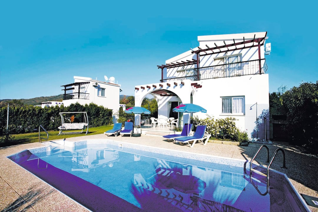 Holiday to Argaka Villa in ARGAKA (CYPRUS) for 7 nights (SC) departing from gatwick on 29 Mar