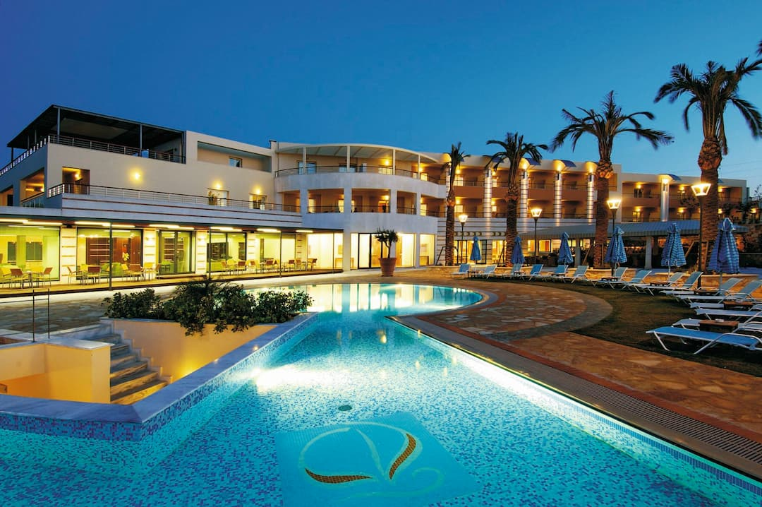 Holiday to Cretan Dream Royal in STALOS (GREECE) for 3 nights (BB) departing from gatwick on 03 Sep