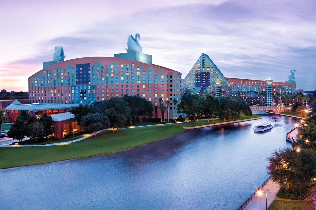 Holiday to Walt Disney World Swan Resort in WALT DISNEY WORLD RESORT (UNITED STATES OF AMERICA) for 7 nights (RO) departing from manchester on 26 Jun
