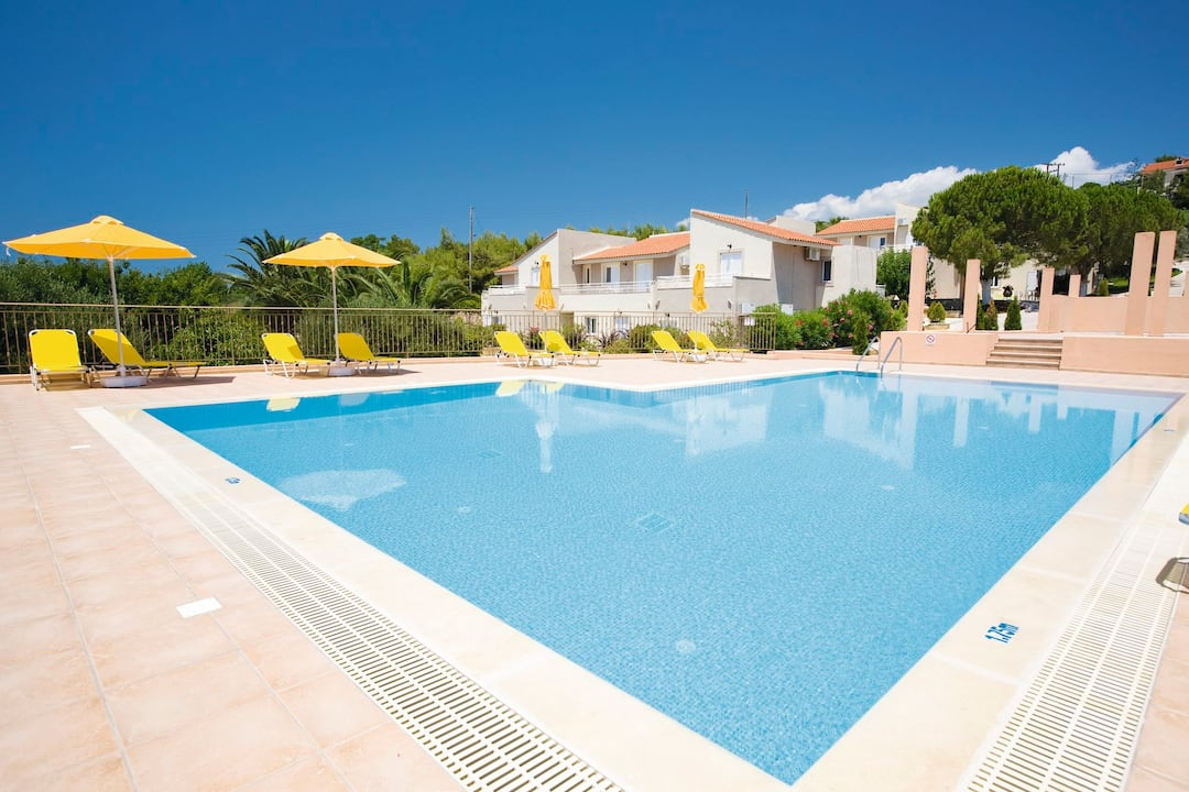 Holiday to Marinos Apartments in LASSI (GREECE) for 4 nights (SC) departing from gatwick on 23 Jun