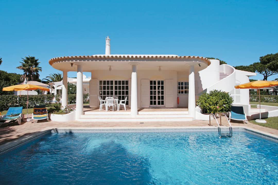 Holiday to Candy Villa in VILAMOURA (PORTUGAL) for 7 nights (SC) departing from manchester on 10 May