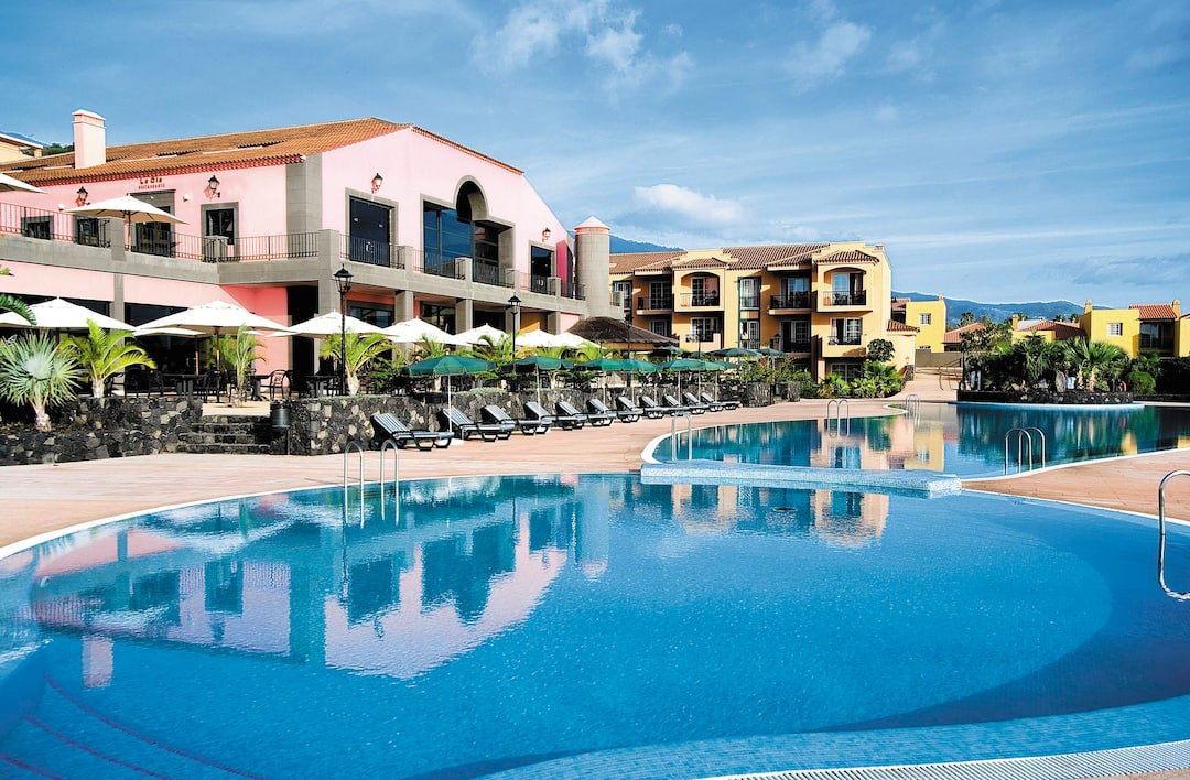 Holiday to Las Olas Hotel in LOS CANCAJOS (SPAIN) for 7 nights (HB) departing from gatwick on 28 Nov
