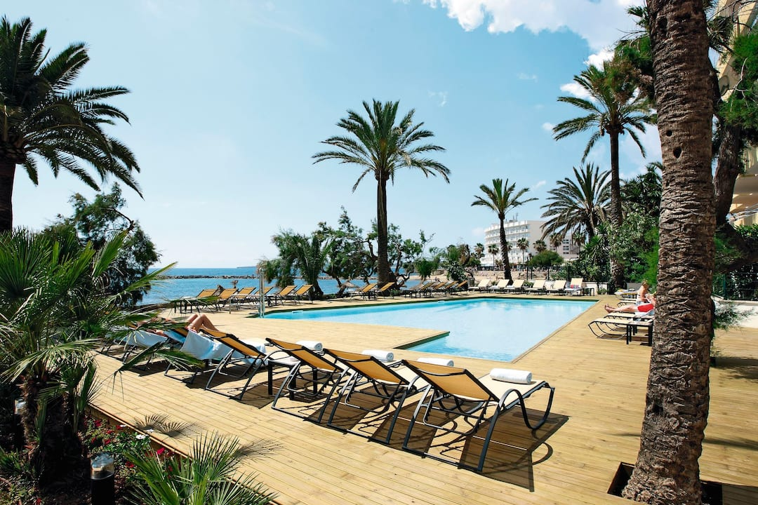 Holiday to Gran Sol Hotel in CALA BONA (SPAIN) for 3 nights (HB) departing from gatwick on 26 Mar