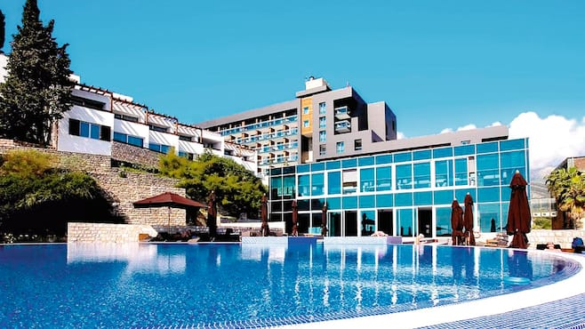 Avala Resort & Villa