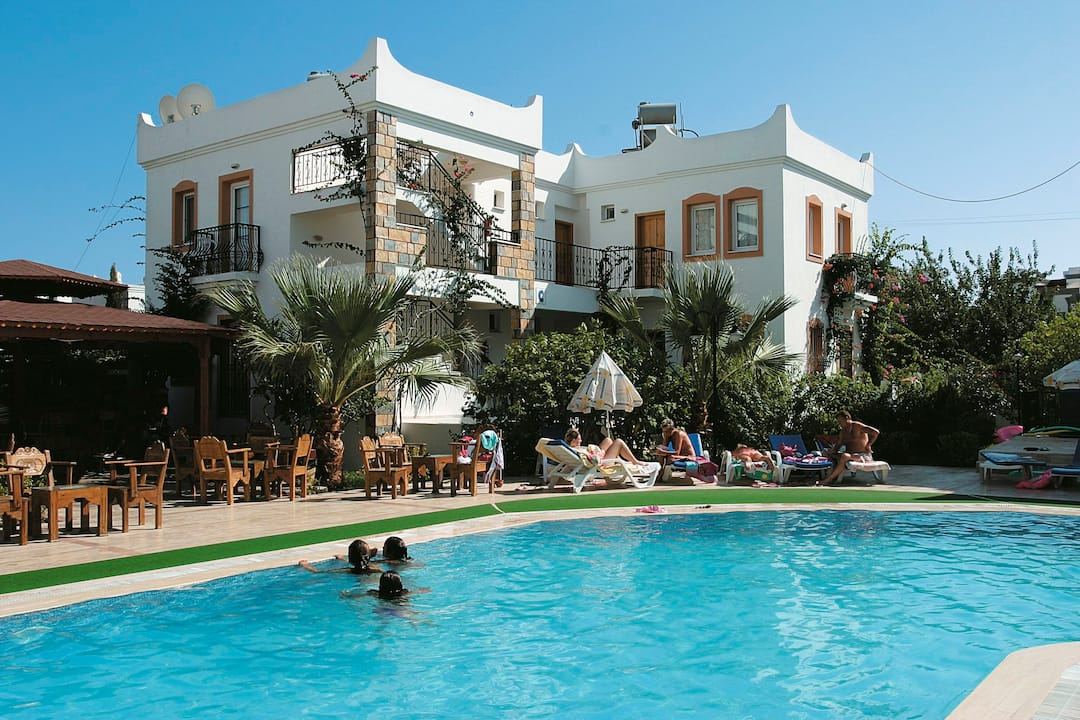 Holiday to Agar Apartments in GUMBET (TURKEY) for 7 nights (SC) departing from birmingham on 30 Sep