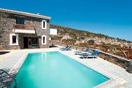 Holiday to Rafaella Villa in PRINA (GREECE) for 7 nights (SC) departing from LGW on 15 Jul