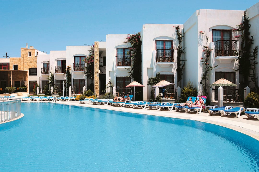 Holiday to Serpina Hotel in GUMBET (TURKEY) for 7 nights (BB) departing from birmingham on 23 Sep
