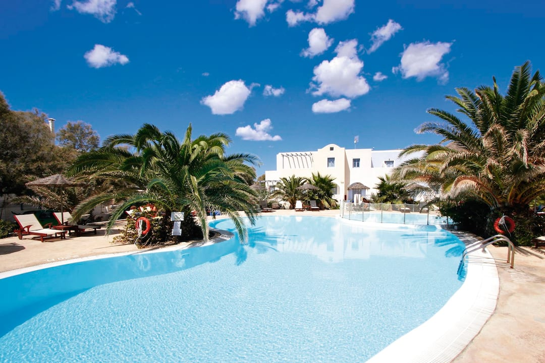 Holiday to Atlantis Beach Villa in PERISSA (GREECE) for 7 nights (BB) departing from east midlands on 02 May
